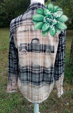 Bleached Truck Flannel Bleached Truck Flannel Old Vintage Truck on a bleached flannel<br> Bleach Shirt Diy, Bleach Tie Dye, Diy Shirt, Upcycled Textiles, Clothing Hacks, Clothing Redo, Denim Crafts, Altered Couture, Craft Show Ideas