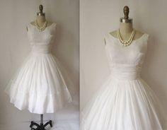 Robes de mariée inspiration années 50 sur Etsy