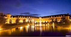 Rent very large castles and palaces for state reception.  Очень большие дворцы и замки в аренду для торжественных мероприятий и приемов