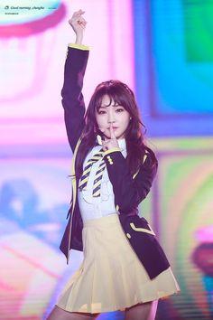 Kpop Girl Groups, Korean Girl Groups, Kpop Girls, Kpop Outfits, Retro Outfits, Gorgeous Women, Beautiful People, Kim Chanmi, Oppa Gangnam Style