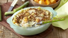 BUTTERNUT AND LEEK PASTA AU GRATIN - Pasta recipes don't need to be complicated. This tasty pasta dish is great as a week day meal and it only takes half an hour to prepare! Seafood Recipes, Pasta Recipes, My Cookbook, Pasta Dishes, Macaroni And Cheese, Tasty, Meals, Vegetables, Gratin