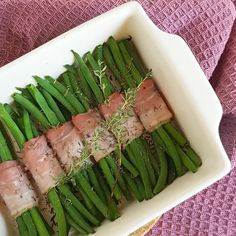 Spectacular Haricots Verts with bacon and sauteed mushrooms Pasta Recipes, Cooking Recipes, Healthy Recipes, Bacon, Good Food, Yummy Food, Xmas Dinner, Fish And Meat, Christmas Cooking