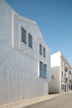 Can Bisa / Batlle i Roig Arquitectes © Andrés Flajszer