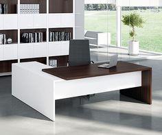 Tempo Executive Desk