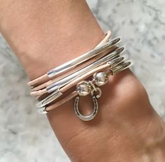 lizzyjames Girlfriend wrap bracelet with horseshoe charm in natural natural leather, comes as shown