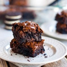 Best Ever Brownies:  1 package Ghirardelli chocolate chunk brownie mix  1 egg  1/3 cup oil  1/4 cup water  10-14 Oreo cookies