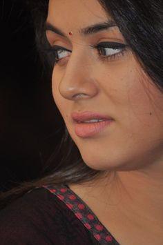 Beautiful Lips, Beautiful Girl Indian, Most Beautiful Indian Actress, Beautiful Bollywood Actress, Beautiful Actresses, Beauty Full Girl, Beauty Women, Indian Natural Beauty, South Indian Actress Hot