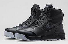 This is a must have winter sneaker boot!   NikeLab ACG LunarTerra Arktos