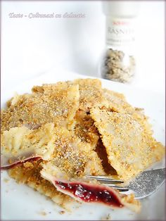 My favorite desert when I was little Baby Food Recipes, Wine Recipes, Cookie Recipes, Romania Food, Romanian Desserts, Romanian Recipes, Good Food, Yummy Food, Hungarian Recipes