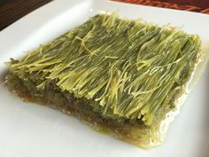 Turkish Recipes, How To Dry Basil, Asparagus, Deserts, Dessert Recipes, Herbs, Vegetables, Cooking, Food