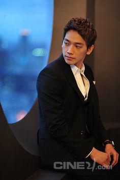 ji hoon jung official | Official Site of Korea Tourism Org.: Korean Actor: Jung Ji-hoon ...