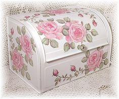 Shabby bread box.