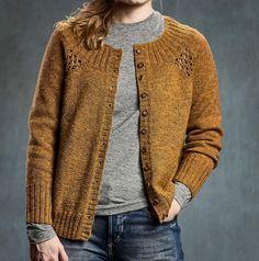 Ravelry: Eyelet cardigan pattern by Sanne Fjalland Knit-Wear Knit Cardigan Pattern, Poncho Knitting Patterns, Knitted Poncho, Knitting Designs, The Cardigans, How To Purl Knit, Knitwear, Kobe, Sehun