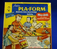 Hasbro Pla-Form modeling machine featuring Play-Doh