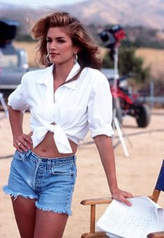 Cindy Crawford gives us office-to-bar outfit inspo with the classic white shirt http://asos.to/1rW7zaX