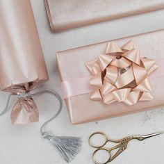 "Ruspepa on Instagram: ""Your life is as good as your mindset. . . . #RUSPEPAGIFTS #ruspepagifts #Ruspepagifts #goldtissue #tissue #tissuepaper #giftwrap…"" Tissue Paper, Mindset, Wraps, Gift Wrapping, Profile, Gold, Gifts, Wedding, Instagram"