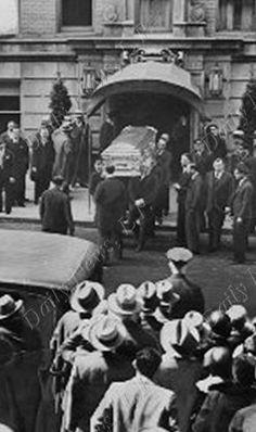 Funeral of Joe the Boss Masseria at 15 West 81 Street April Joe Masseria, Frank Nitti, Gangster Gangster, Albert Anastasia, Cops And Robbers, Mafia Families, Al Capone