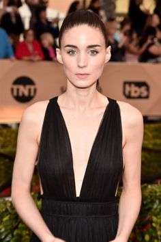 Rooney Mara | 18 Best Celebrity Eyebrows That Won The On-Fleek Crown