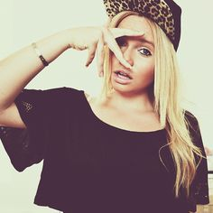 Alli Simpson is so pretty and I really like her songs, especially Notice Me