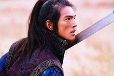 The Best Takeshi Kaneshiro Movies House Of Flying Daggers, Takeshi Kaneshiro, Asian Actors, Asian Men, Asian Guys, Character Inspiration, Hair Inspiration, Actors & Actresses, Beautiful People