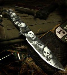 Custom knife paint jobs