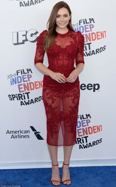 Elizabeth Olsen sizzles in sheer dress at Independent Spirit Awards Beautiful Celebrities, Beautiful Actresses, Gorgeous Women, Elizabeth Olsen Scarlet Witch, Gal Gadot, Sheer Dress, Hot Actresses, Celebs, Beauty