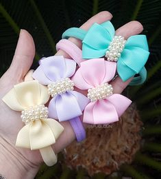 Making Hair Bows, Diy Hair Bows, Baby Bows, Baby Headbands, Homemade Bows, Zipper Crafts, Ribbon Projects, Baby Girl Hair Accessories, Baby Boutique Clothing
