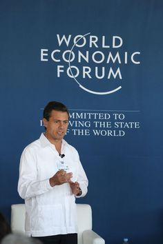 """17/abril/2012 Día 19 - Peña Nieto, se reunió con representantes del sector turístico de Nayarit y llamó a detener las descalificaciones que, más que lastimar al oponente, dividen y alientan el encono entre la sociedad. Asimismo, respaldó la """"mesa de la verdad"""" que planteó el PRI a fin de aclarar los compromisos que cumplió como gobernador del Estado de México. Peña Nieto también acudió al Foro Económico Mundial y dijo que favorecerá la participación del sector privado en Pemex."""