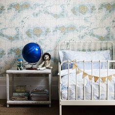 kids room//map wallpaper..