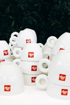 My Trip to Italy with illy Coffee for the Venice Food and Wine Festival - Anne Sage Venice Food, Coffee Photos, Favorite Pastime, Wine Festival, Coffee Break, Italy Travel, Wine Recipes, China, Mugs