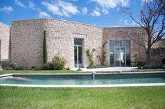Façade pierre maison contemporaine