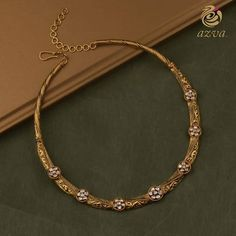 Ultimate 35 Gold Necklace Designs Images Of This Year Gold Earrings Designs, Gold Jewellery Design, Necklace Designs, Gold Initial Pendant, Gold Jewelry Simple, Jewelry Patterns, Indian Jewelry, Bridal Jewelry, Fashion Jewelry
