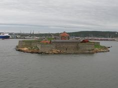 Nya Älvsborgs fästning in Gothenburg harbour seen from a Stena Line ferry, 2009