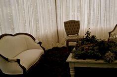 vintage lounge seating