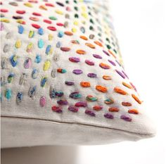 Colourful running stitches on cotton/linen - embroidery idea < Knit Dreams from MitiMota