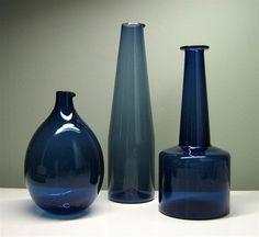 timo sarpaneva iittala glass decanters by jonnieeleven Charles Ray Eames, Cobalt Glass, Scandinavian Art, Glass Ceramic, Glass Birds, Nordic Design, Carnival Glass, Vintage Design, Glass Design