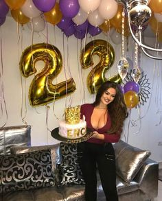Pin by Ashley Akiko on Birthday Ideas ✨ in 2019 Birthday Girl Pictures, Happy Birthday Girls, 23rd Birthday, Birthday Photos, Birthday Celebration, Birthday Parties, Birthday Goals, Birthday Ideas, Champagne Birthday