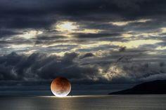 Luna in mare...    (Nasrin Mohebbian - G+)