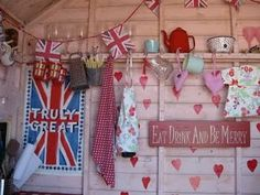 Exactly how I'd style my little beach hut!