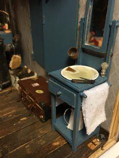 Casa de muñecas en miniatura 1.12 Escala herramientas de jardín al aire libre Rojo Regadera
