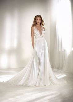 Main Image - Atelier Pronovias Riado Plunging Lace & Chiffon A-Line Gown Pronovias Wedding Dress, Bridal Wedding Dresses, Wedding Suits, Debutante Dresses, High Fashion Dresses, White Gowns, A Line Gown, Nordstrom Dresses, Beautiful Gowns