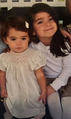 Cute Sister Pictures, Cute Poses For Pictures, Sister Photos, Beautiful Girl Image, The Most Beautiful Girl, Girl Celebrities, Celebs, Mode Hipster, Perfect Sisters