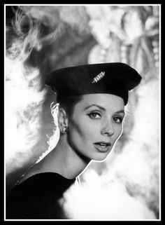 Suzy Parker, hat by Jacques Fath, photo by Avedon, Paris, August 1956