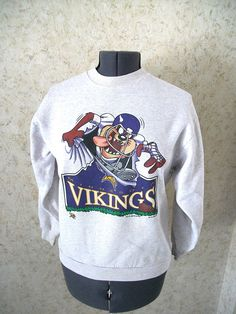 90s Taz Minnesota Vikings Graphic Pullover Sweatshirt 1995 NFL Football  Gray Crewneck Retro Vintage Boho Youth XL Womens Small d4e825974