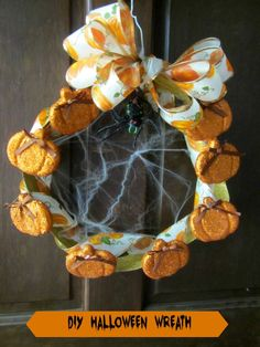 DIY Halloween Wreath with pumpkins and spiders #ad #DGHalloweenHack