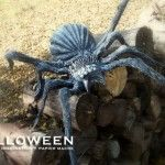 How To: Spiders – STOLLOWEEN Creepy Halloween Props, Halloween Spider, Halloween Art, Halloween Stuff, Spider Decorations, Crafts To Do, Spiders, Lion Sculpture, Studio