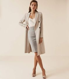 Women's Clothes - Trendy Fashion Clothing For Sale Online Grey Pencil Skirt, Knit Pencil Skirt, Pencil Skirt Outfits, Business Casual Outfits, Classy Outfits, Trendy Outfits, Trendy Fashion, Petite Fashion, Fashion Fall