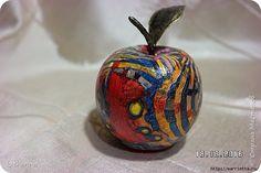Яблочки из папье-маше. Работы и мастер-класс со страниц «Страны Мастеров» от автора katharina