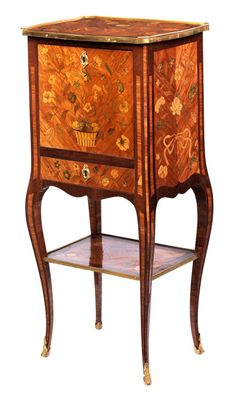 French Furniture, Fine Furniture, Antique Furniture, Furniture Design, Bronze Mirror, Antique Boxes, Louis Xvi, Antiques, Pandora