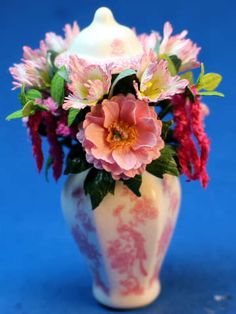 Ed Sims, IGMA Fellow - Flower arrangement - Stokesay Ware vase